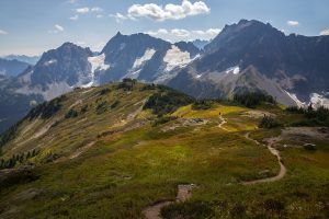 best hikes in north cascades national park